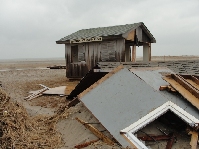 New York State Removing Sandy Marine Debris from 10 Sites