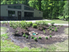 Creekside Classroom entrance garden, photo by Casey Holzworth, State Parks
