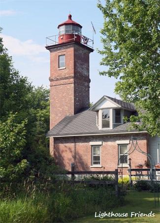 HorseIsland_LighthouseFriends