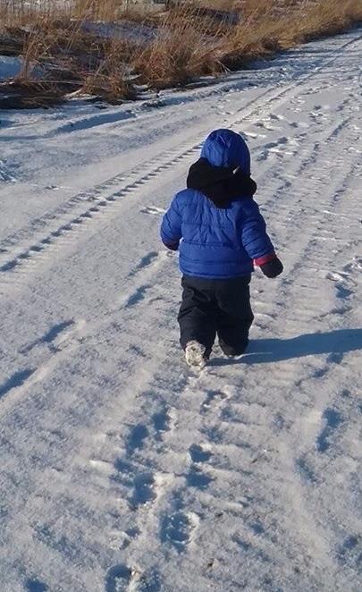 8_winter walk-lundgren
